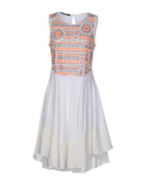 Короткое платье PAOLA FRANI. Цвет: слоновая кость