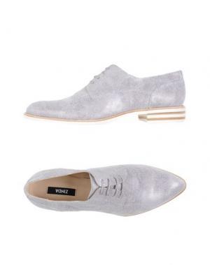 Обувь на шнурках ZINDA. Цвет: белый