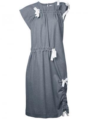 Платье с завязками Facetasm. Цвет: серый