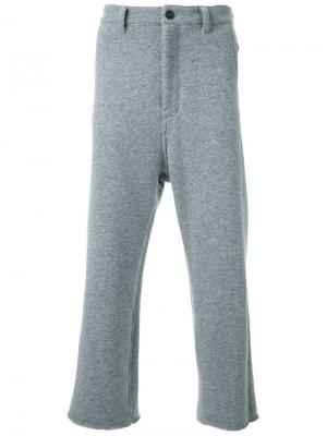 Укороченные свободные брюки Fad Three. Цвет: серый