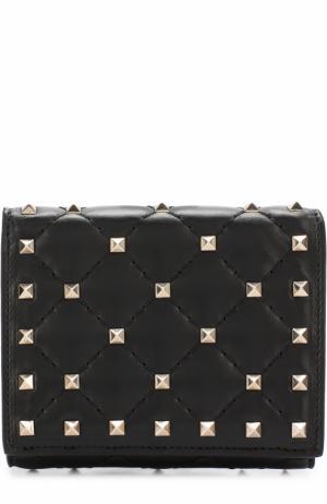 Кожаный бумажник  Garavani Rockstud Spike с металлическими заклепками Valentino. Цвет: черный