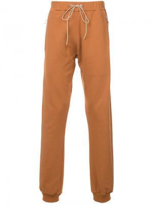Спортивные брюки Mr. Completely. Цвет: жёлтый и оранжевый