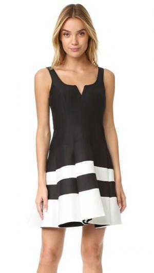 Структурированное платье с цветными блоками Halston Heritage. Цвет: черный/белый