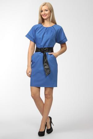 Платье с ремнем NIKA. Цвет: синий