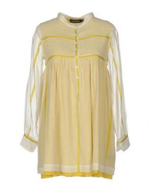 Короткое платье ANTIK BATIK. Цвет: светло-желтый