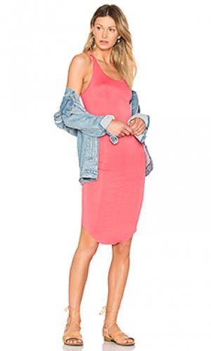 Спортивное платье BLQ BASIQ. Цвет: коралл