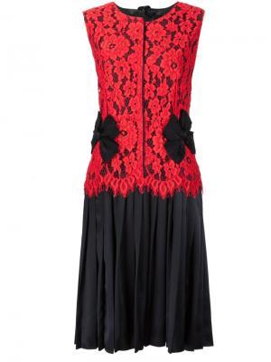 Плиссированное платье с кружевным верхом Marc Jacobs. Цвет: красный