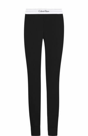 Однотонные леггинсы с логотипом бренда Calvin Klein Underwear. Цвет: черный