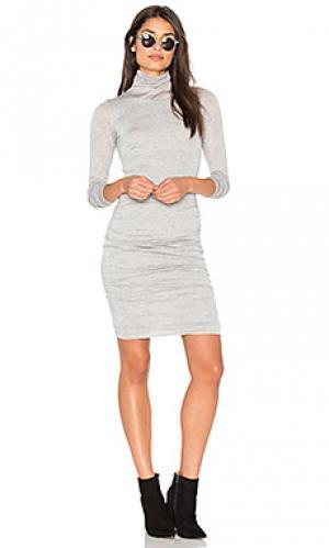 Платье миди lordes Velvet by Graham & Spencer. Цвет: светло-серый