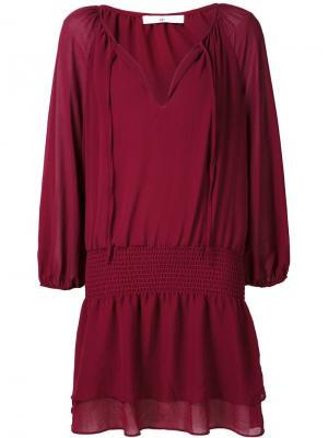 Платье с V-образным вырезом 321. Цвет: красный