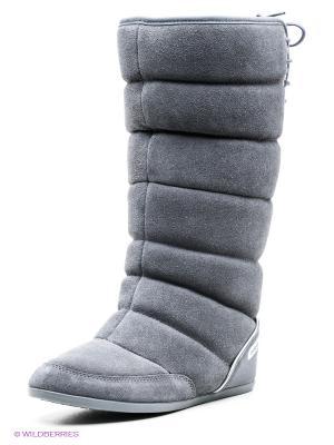 Дутики Adidas. Цвет: серый