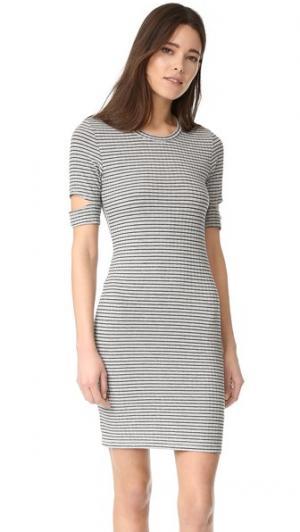 Платье Mini Esso LNA. Цвет: черная полоска