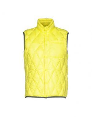 Пуховик BPD BE PROUD OF THIS DRESS. Цвет: желтый