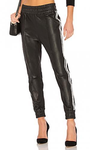 Кожаные брюки-джогеры SPRWMN. Цвет: черный