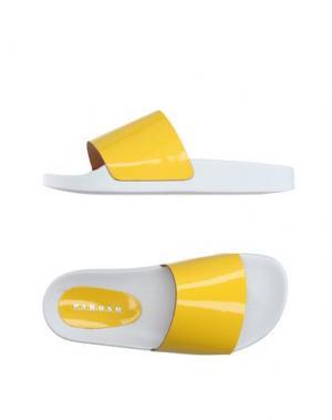 Сандалии P.A.R.O.S.H.. Цвет: желтый