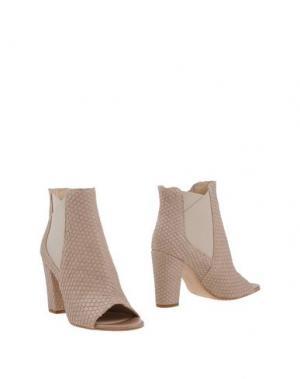 Полусапоги и высокие ботинки FABBRICA MORICHETTI. Цвет: телесный
