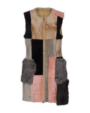 Куртка OLIVIERI. Цвет: песочный