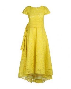 Платье до колена TRY ME. Цвет: желтый