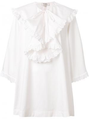 Платье с оборкой Isa Arfen. Цвет: белый