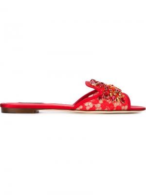 Декорированные сандалии из кружева Dolce & Gabbana. Цвет: красный