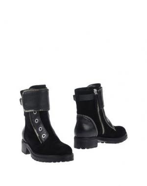Полусапоги и высокие ботинки CARLA G.. Цвет: черный