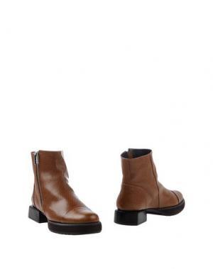 Полусапоги и высокие ботинки FARRUTX. Цвет: коричневый