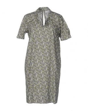 Короткое платье CALIBAN. Цвет: зеленый-милитари