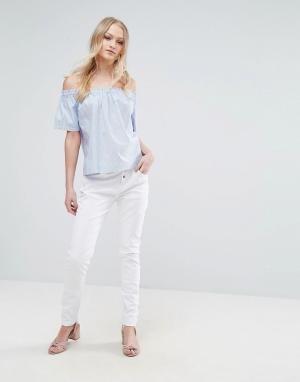 Vero Moda Свободные брюки чиносы. Цвет: белый