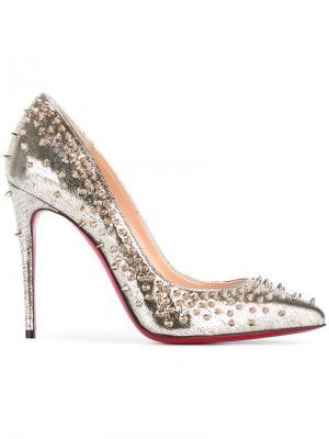 Туфли с заклепками Christian Louboutin. Цвет: металлический