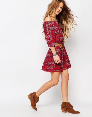 Hollister Комбинируемая юбка с принтом. Цвет: красный