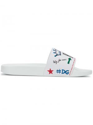 Сандалии с принтом-граффити Dolce & Gabbana. Цвет: белый