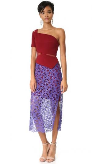 Платье Fleurie Three Floor. Цвет: бордовый/сливовый