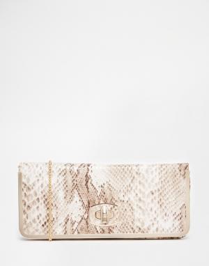 Juno Accessories Клатч со змеиным принтом. Цвет: коричневый