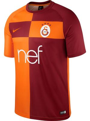 Футболка GS M NK BRT FTBL TOP SS HM Nike. Цвет: оранжевый