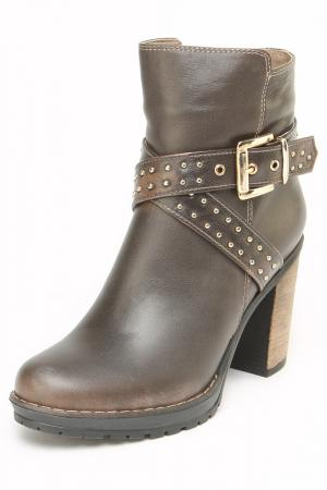 Ботинки OSSO. Цвет: коричневый