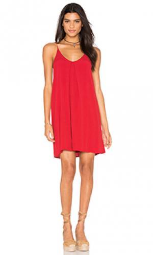 Платье с обратной плиссировкой Bishop + Young. Цвет: красный