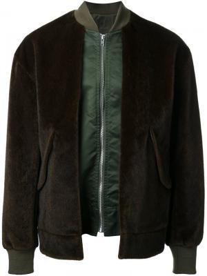 Куртка-бомбер из искусственного меха Toga. Цвет: зелёный