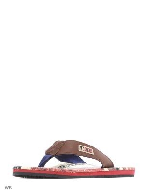 Пантолеты NAPAPIJRI. Цвет: коричневый, белый, красный