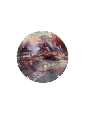 Тарелка декоративная Домик в деревне Elan Gallery. Цвет: зеленый, коричневый, красный