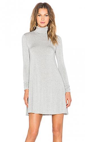 Платье с воротником-водолазка penny LA Made. Цвет: серый