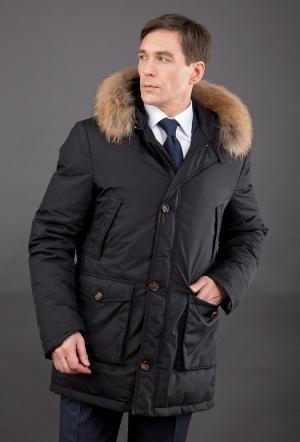Строгий зимний мужской пуховик  с мехом AFG. Цвет: черный