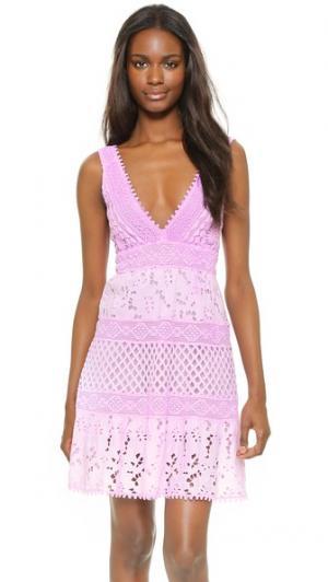 Короткое платье с V-образным вырезом Temptation Positano. Цвет: lilla fula