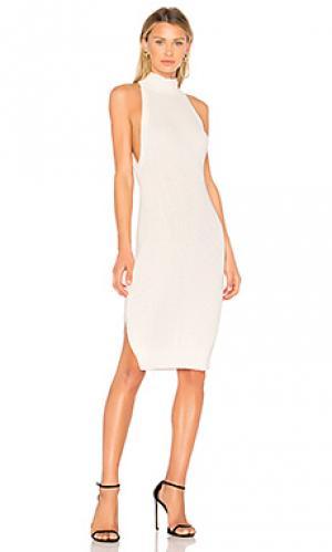 Трикотажное платье lazero AQ/AQ. Цвет: белый