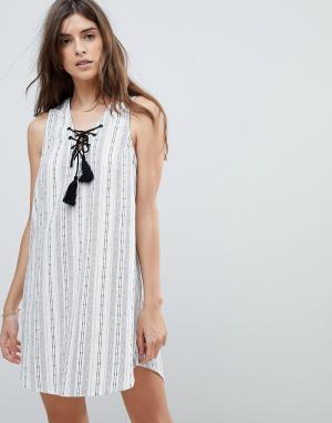 Rhythm Пляжное платье в полоску. Цвет: белый
