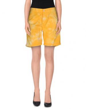 Повседневные шорты OAKS. Цвет: желтый
