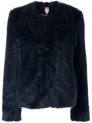 Куртка из искусственного меха Shrimps. Цвет: синий