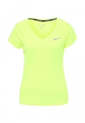 Футболка спортивная Nike. Цвет: желтый