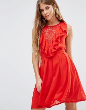 Wal G Кружевное приталенное платье с оборками. Цвет: красный