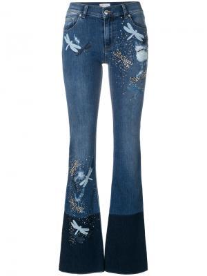 Расклешенные брюки с заплатками в виде стрекоз Red Valentino. Цвет: синий