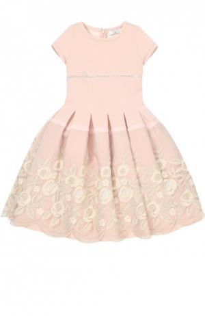 Платье с пышной юбкой и цветочной отделкой Monnalisa. Цвет: розовый